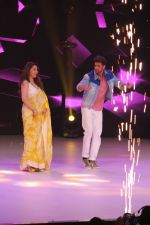 Hrithik Roshan, Madhuri Dixit on the sets of colors Dance Deewane in filmcity on 2nd July 2019 (61)_5d1c505fd3bbc.jpg