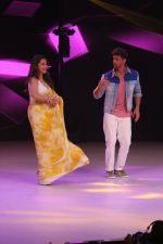 Hrithik Roshan, Madhuri Dixit on the sets of colors Dance Deewane in filmcity on 2nd July 2019 (66)_5d1c50aacc708.jpg