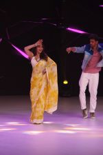 Hrithik Roshan, Madhuri Dixit on the sets of colors Dance Deewane in filmcity on 2nd July 2019 (67)_5d1c506409c81.jpg