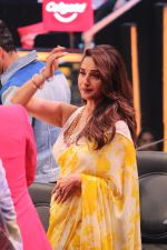 Madhuri Dixit on the sets of colors Dance Deewane in filmcity on 2nd July 2019