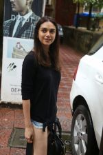 Aditi Rao Hydari, Ishaan Khattar spotted at Bandra on 4th July 2019 (5)_5d1eefff38d02.jpg