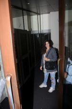Gabriella Demetriades spotted at bastian bandra on 6th July 2019 (36)_5d21ad10523d3.JPG