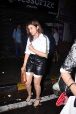 Parineeti Chopra spotted at Bastian in bandra on 6th July 2019 (1)_5d21ad61f36f8.JPG