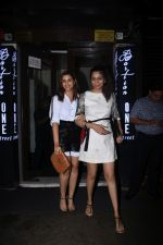 Parineeti Chopra spotted at Bastian in bandra on 6th July 2019 (16)_5d21ad7e2b6a6.JPG