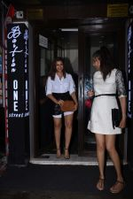 Parineeti Chopra spotted at Bastian in bandra on 6th July 2019 (7)_5d21ad6c119ce.JPG