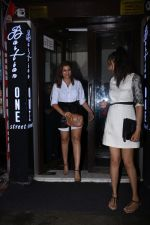 Parineeti Chopra spotted at Bastian in bandra on 6th July 2019 (8)_5d21ad6ed81c0.JPG