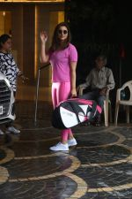 Parineeti Chopra spotted at khar gymkhana on 6th July 2019 (1)_5d21ad8817301.jpg