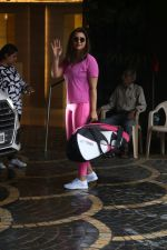 Parineeti Chopra spotted at khar gymkhana on 6th July 2019 (14)_5d21adcd1abbe.jpg