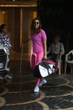 Parineeti Chopra spotted at khar gymkhana on 6th July 2019 (2)_5d21adc27f03c.jpg