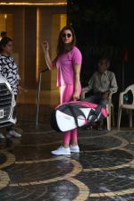 Parineeti Chopra spotted at khar gymkhana on 6th July 2019 (23)_5d21ade39e23b.jpg