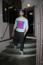 Sidharth Malhotra spotted at dubbing studio in bandra on 6th July 2019 (10)_5d21ae1c18a75.jpg