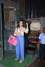 Richa Chadda spotted at pali village cafe in bandra on 7th July 2019 (18)_5d22f133d7c8f.JPG