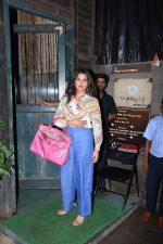 Richa Chadda spotted at pali village cafe in bandra on 7th July 2019 (20)_5d22f137d9f28.JPG