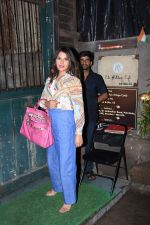 Richa Chadda spotted at pali village cafe in bandra on 7th July 2019 (28)_5d22f145d0964.JPG
