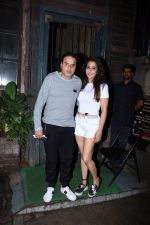 Sunil Lulla,  Krishika Lulla spotted at palli village cafe bandra on 7th July 2019 (3)_5d22f1c8bee19.JPG