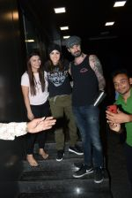 Sunny Leone, Daniel webber spotted at juhu on 7th July 2019 (8)_5d22fc0042ad8.JPG