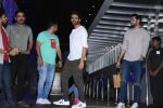 Kartik Aaryan spotted at hakkasan bandra on 8th July 2019 (18)_5d2445302d587.JPG