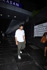 Kartik Aaryan spotted at hakkasan bandra on 8th July 2019 (23)_5d24453dbe869.JPG