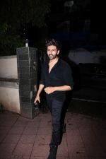 Kartik Aaryan spotted at bandra on 9th July 2019 (1)_5d259532bf72f.JPG