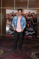 Hrithik Roshan at the promotion of film super 30 and dances with underprivileged kids from NGO Dance out of poverty on 9th July 2019 (21)_5d2595f6dc673.JPG