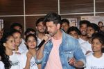 Hrithik Roshan at the promotion of film super 30 and dances with underprivileged kids from NGO Dance out of poverty on 9th July 2019 (50)_5d2595d5aeaba.JPG
