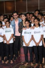 Hrithik Roshan, Mrunal Thakur at the promotion of film super 30 and dances with underprivileged kids from NGO Dance out of poverty on 9th July 2019 (13)_5d25960e0728b.JPG