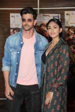 Hrithik Roshan, Mrunal Thakur at the promotion of film super 30 and dances with underprivileged kids from NGO Dance out of poverty on 9th July 2019 (16)_5d25962cd6aee.JPG