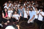Hrithik Roshan, Mrunal Thakur at the promotion of film super 30 and dances with underprivileged kids from NGO Dance out of poverty on 9th July 2019 (5)_5d259600ca4b5.JPG