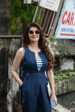 Sangeeta Bijlani spotted at Kromakay juhu on 9th July 2019 (7)_5d25958077290.JPG