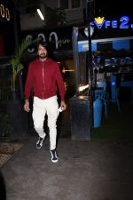 Sudeep spotted at bandra on 9th July 2019 (11)_5d259565bea8b.JPG