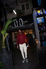 Sudeep spotted at bandra on 9th July 2019 (4)_5d25955a63ce2.JPG