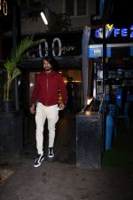 Sudeep spotted at bandra on 9th July 2019 (8)_5d259560e0be3.JPG