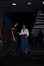 Hazel Keech & Yuvraj Singh spotted at Hakkasan in bandra on 10th July 2019 (3)_5d26ed0f298bf.JPG