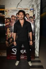 Tiger Shroff at the Screening of film Super 30 in Yashraj studios, Andheri on 10th July 2019  (67)_5d26f24066814.JPG