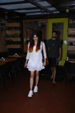 Adah Sharma spotted at Bombay salad in bandra on 18th July 2019 (2)_5d3169a8f328a.JPG