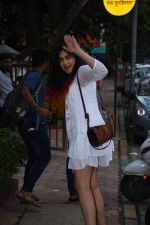 Adah Sharma spotted at Bombay salad in bandra on 18th July 2019 (23)_5d3169d7caac7.JPG