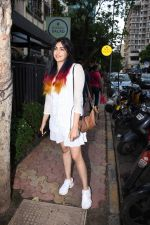Adah Sharma spotted at Bombay salad in bandra on 18th July 2019 (9)_5d3169b6c9c84.JPG