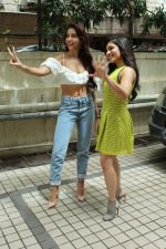 Nora Fatehi, Tulsi Kumar Spotted Of T Series Office For Promote Film Batla House on 18th July 2019 (1)_5d316a623e9fd.JPG