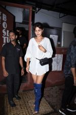 Rhea Chakraborty spotted at bandra on 18th July 2019 (38)_5d3176192a2aa.JPG