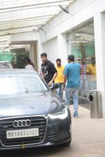 Siddharth Malhotra spotted sunny sound juhu on 18th July 2019 (9)_5d316b801d57b.JPG