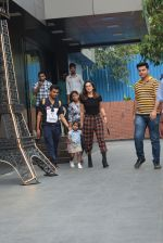 Sunny Leone with kids & husband spotted at play school in juhu on 18th July 2019 (2)_5d316b84888ff.JPG