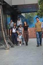 Sunny Leone with kids & husband spotted at play school in juhu on 18th July 2019 (4)_5d316b8a86521.JPG