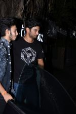 Sushant Singh Rajput spotted at bandra on 18th July 2019 (22)_5d317622bacf9.JPG