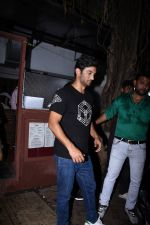 Sushant Singh Rajput spotted at bandra on 18th July 2019 (40)_5d31763fedf1a.JPG