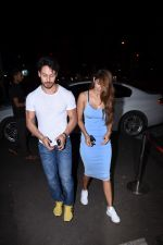 Tiger Shroff & Disha Patani spotted at Bastian Bandra on 18th July 2019 (11)_5d316ba3214ef.JPG