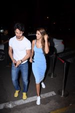 Tiger Shroff & Disha Patani spotted at Bastian Bandra on 18th July 2019 (13)_5d316ba491f4c.JPG
