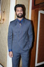 Vicky Kaushal at the red carpet of NBT Utsav Awards 2019 in Taj Lands End on 27th July 2019 (13)_5d3ea72c05760.jpg