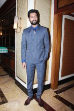 Vicky Kaushal at the red carpet of NBT Utsav Awards 2019 in Taj Lands End on 27th July 2019 (14)_5d3ea72f5aa42.jpg