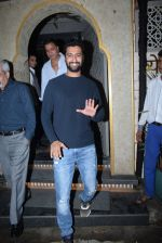 Vicky Kaushal_s family spotted at bayroute in juhu on 28th July 2019 (10)_5d3ea78d4a5a5.JPG