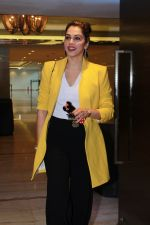 Isha Koppikar At The 15th Annual Fura Retail Jeweller India Awards 2019 on 29th July 2019 (150)_5d3fe94e69499.JPG